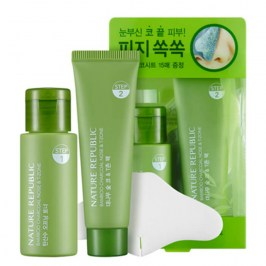 Набор от чёрных точек Nature Republic Bamboo Charcoal Nose & T-Zone Pack